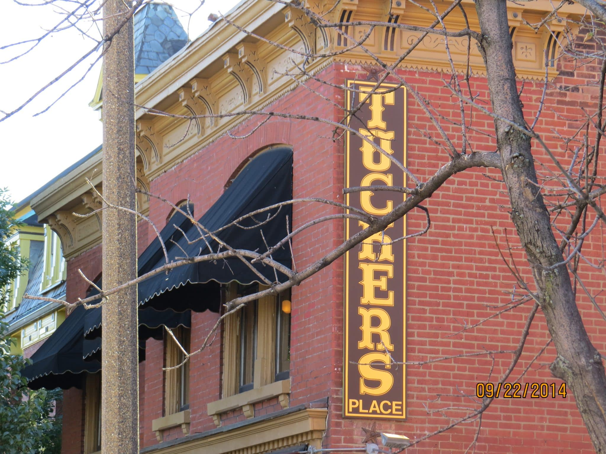 Tucker's Place in Soulard